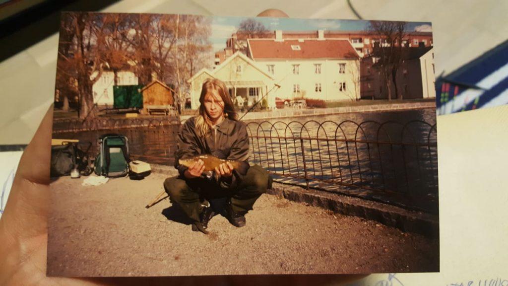 Tomba med en sutare från Eskilstunaån.
