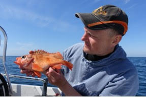 Johan med en mindre kungsfisk