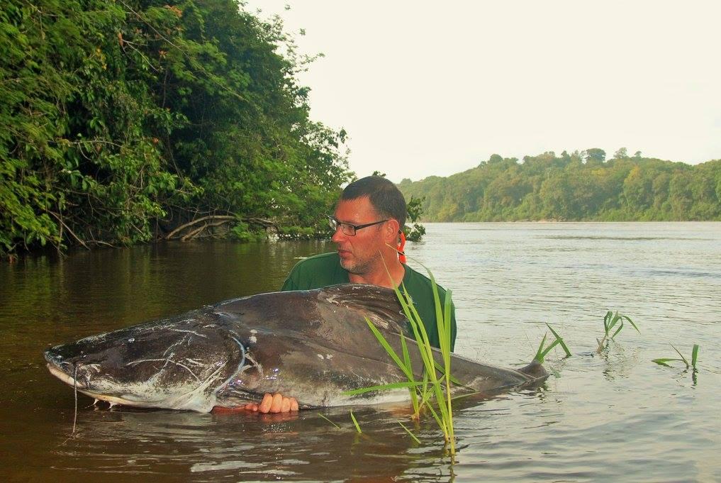 Thomas Larsson med en stor fisk