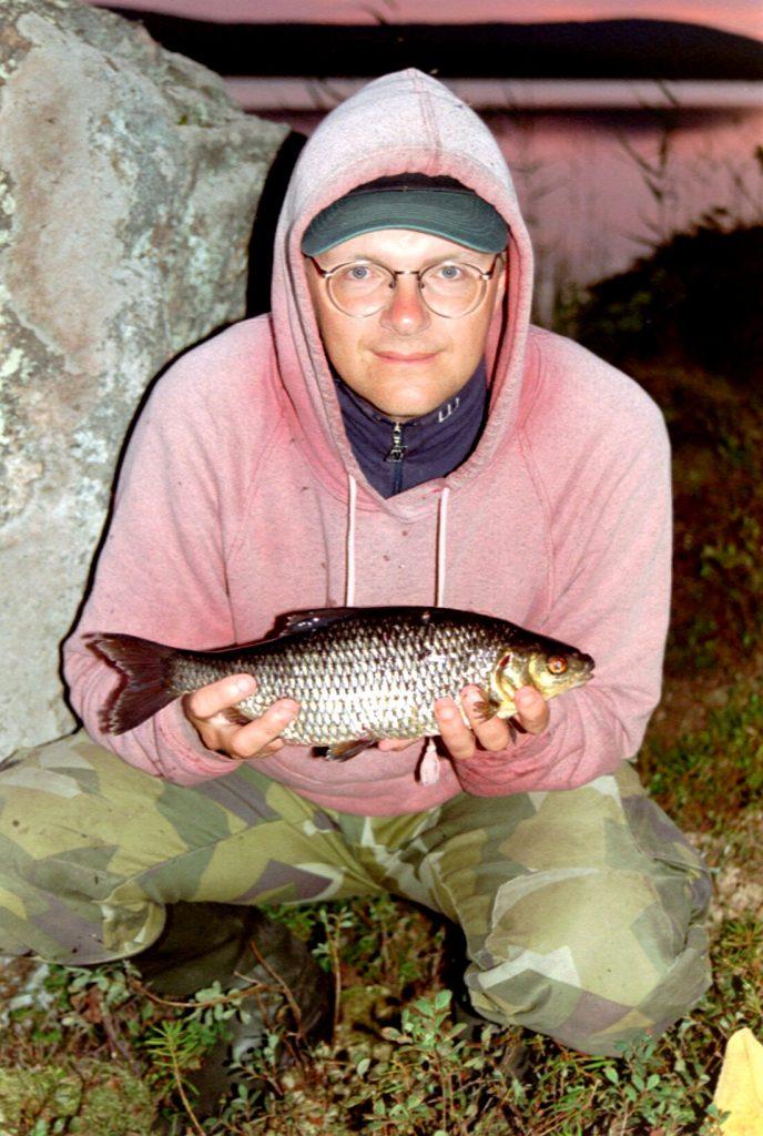 Tony Söderblom med en finfin mört